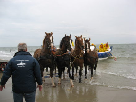 Demonstratie paardenreddingboot 22 oktober en 28 december